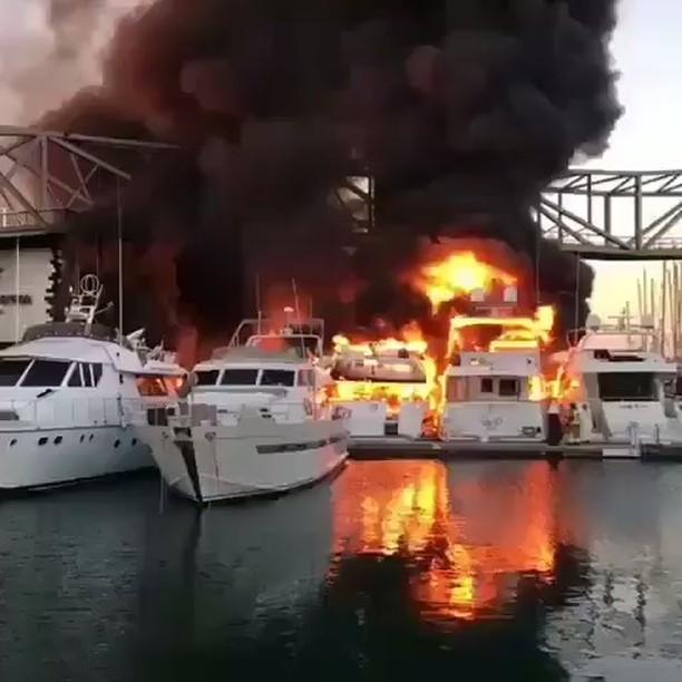 يخت,احترق